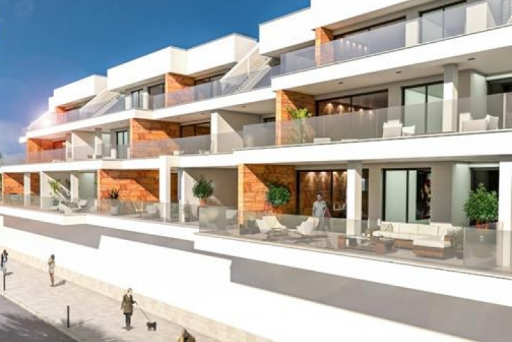 Apartments with huge terraces for sale in villamartin